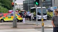 Ujíždějící auto v Praze způsobilo vážnou nehodu - 5