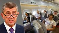 Andrej Babiš/ cestující do Tokia v letadle bez roušek