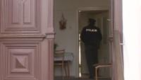 Bezdomovci se vloupali do bytu seniorky