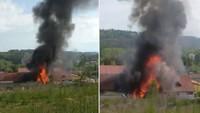 Hořel traktor