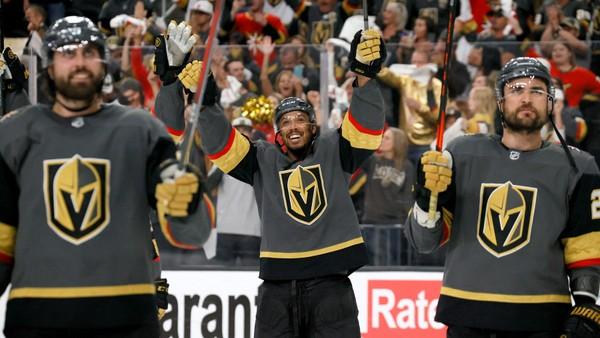 Hokejisté Vegas Golden Knights slaví postup