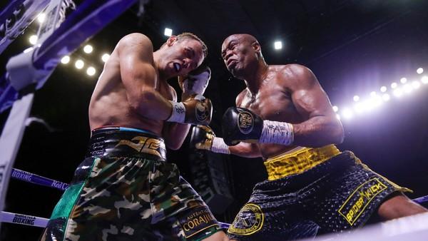 Boxerský zápas mezi Silvou a Chávezem