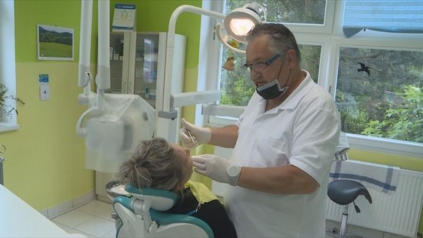 Thousands of people are looking for dentists in vain, revolutionary change should help