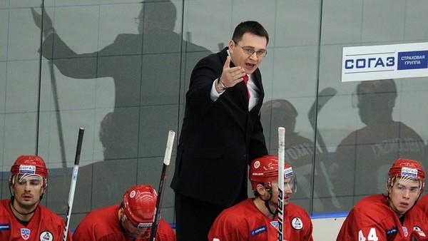 Andrej Nazarov na lavičce Viťazu Čechov